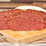 Rote Beete-Walnuss-Brot auf der Bread & Cake Backplatte {gesponserter beitrag}