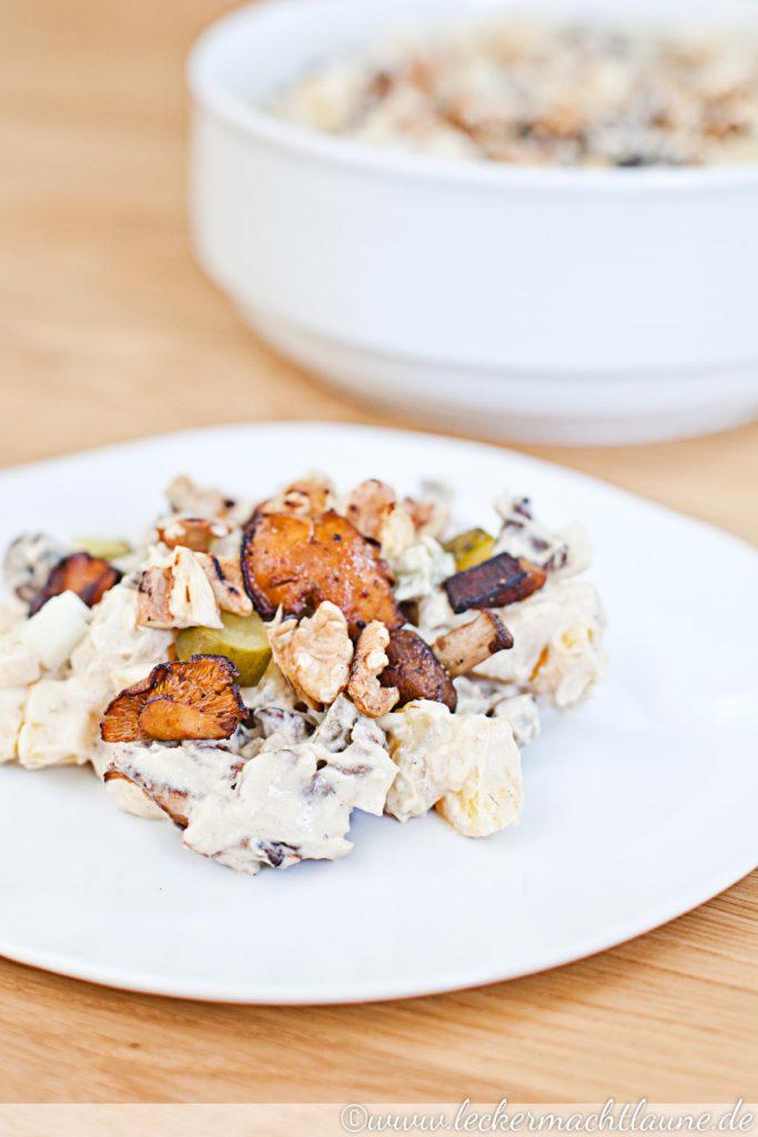 Kartoffel-Pilz-Salat mit Walnüssen