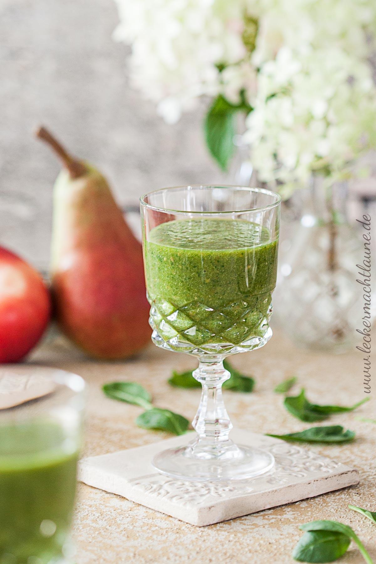 Nektarinen-Spinat-Smoothie | lecker macht laune