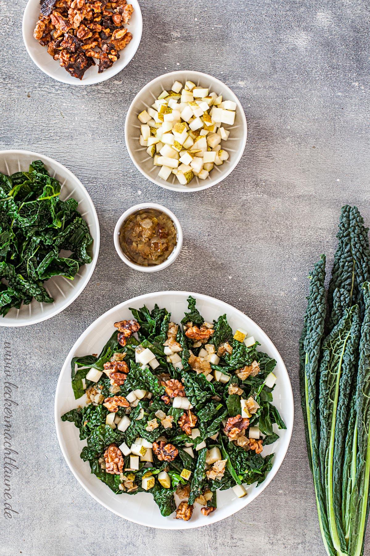 Schwarzkohl-Salat mit karamellisierten Walnüssen | lecker macht laune