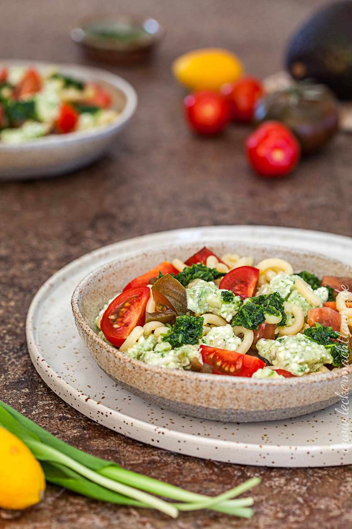 Bärlauch-Nudel-Salat {bärlauchsaison} | lecker macht laune