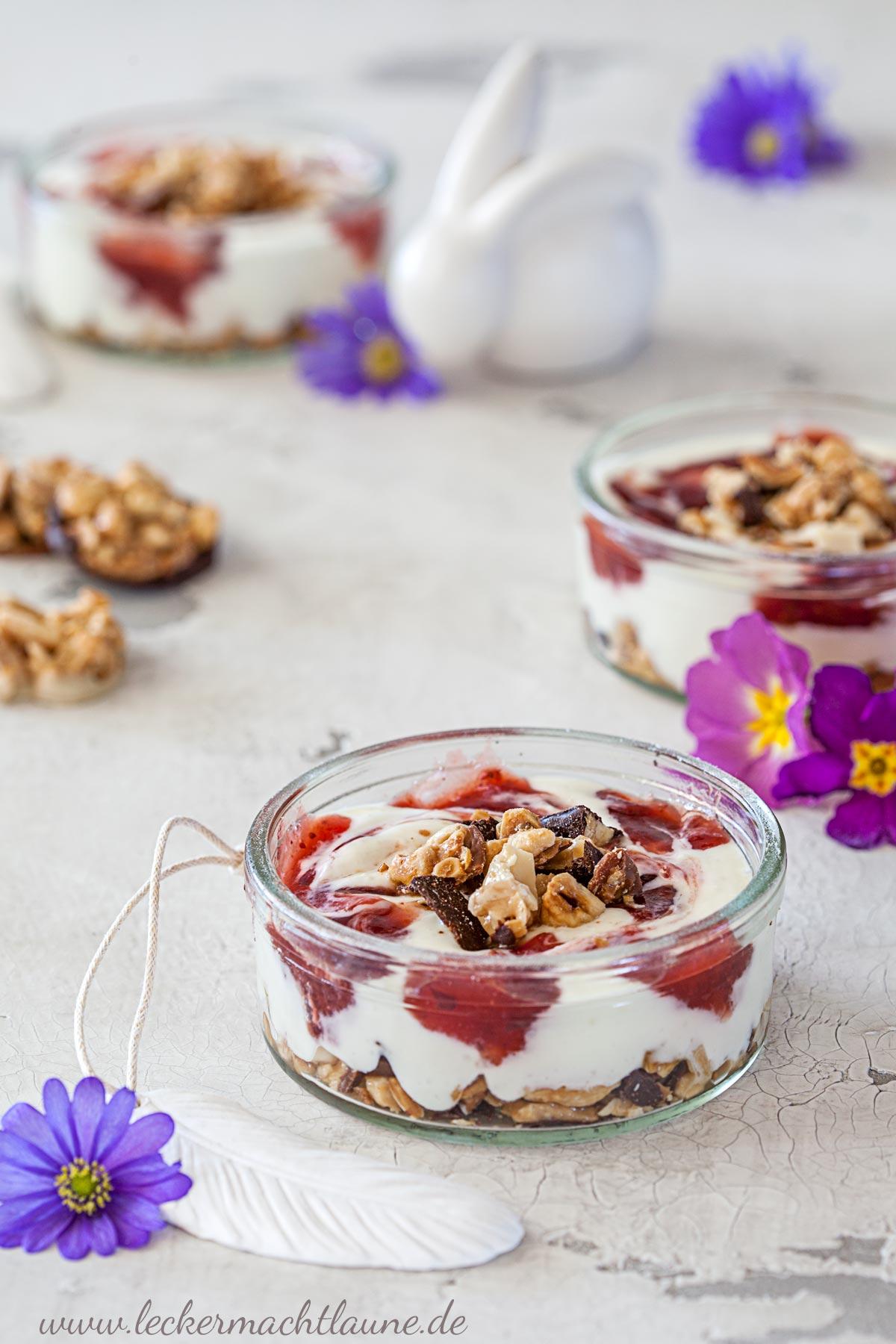 Florentiner-Erdbeer-Dessert {osterschmaus} | lecker macht laune